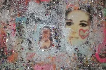 Sparkling Bubbles | 58cm X 58cm | Prijs op Aanvraag